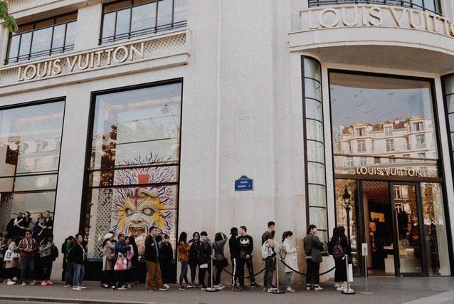 München mit erster Louis Vuitton Maison auf den Spuren der Champs Élysées