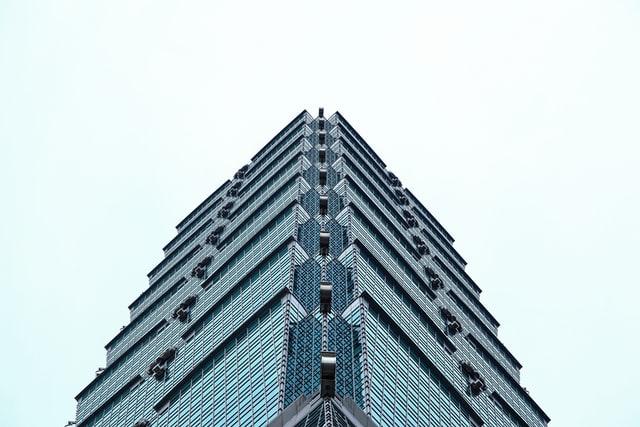Taiwan Tower – ein Dartpfeil in Taichung