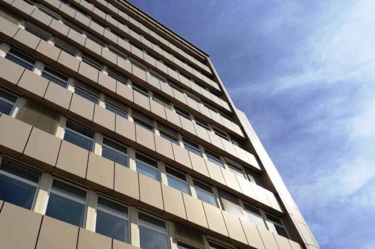 Staat schröpft Immobilieneigentümer